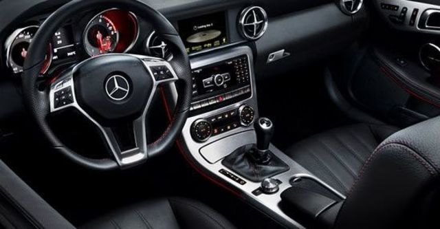 2013 M-Benz SLK-Class SLK200 BlueEFFICIENCY  第4張相片