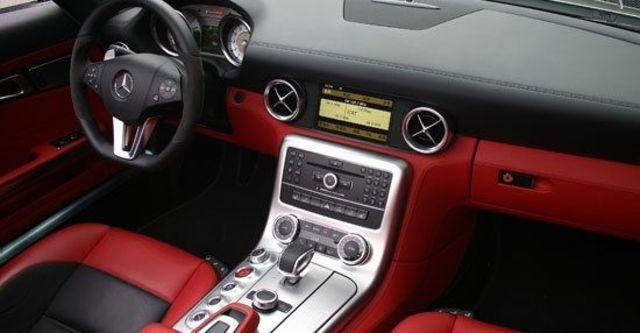 2013 M-Benz SLS AMG Roadster 6.3  第10張相片