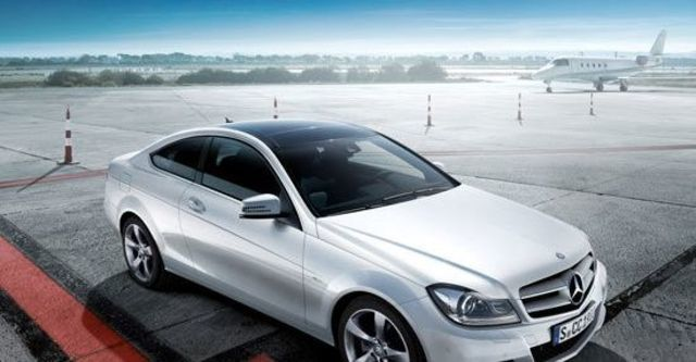 2012 M-Benz C-Class Coupe C250 BlueEFFICIENCY  第1張相片