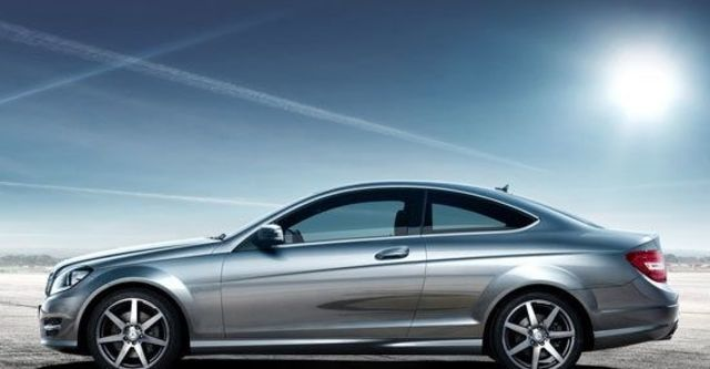 2012 M-Benz C-Class Coupe C250 BlueEFFICIENCY  第8張相片