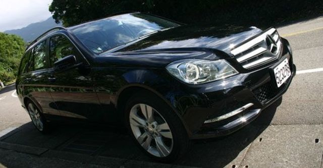 2012 M-Benz C-Class Estate C220 CDI BlueEFFICIENCY Classic  第11張相片