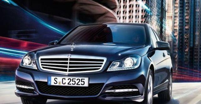 2012 M-Benz C-Class Sedan C200 BlueEFFICIENCY Classic  第2張相片