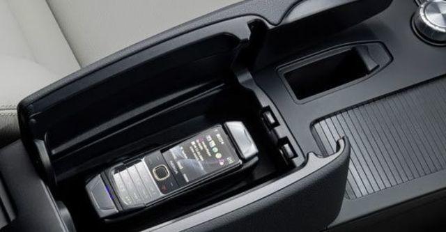 2012 M-Benz C-Class Sedan C200 BlueEFFICIENCY Classic  第5張相片