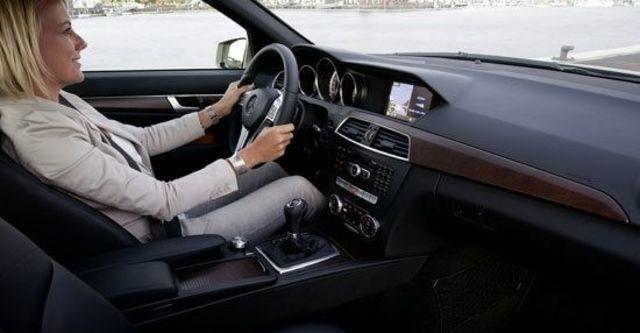 2012 M-Benz C-Class Sedan C200 BlueEFFICIENCY Classic  第6張相片