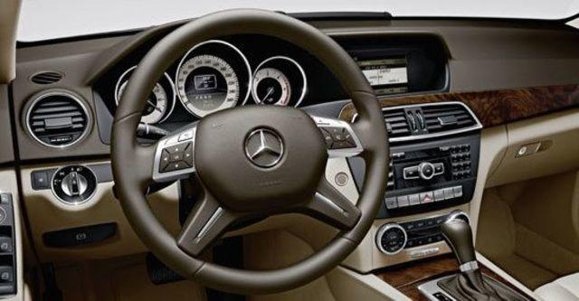2012 M-Benz C-Class Sedan C200 BlueEFFICIENCY Classic  第7張相片