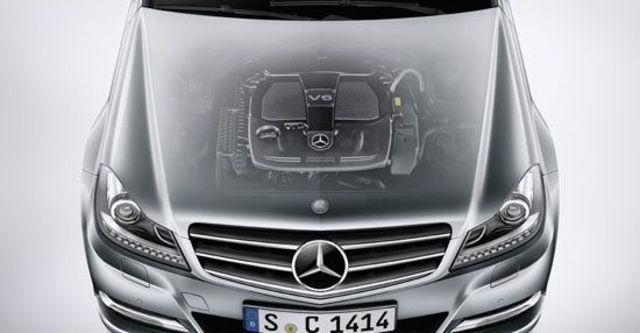 2012 M-Benz C-Class Sedan C300 BlueEFFICIENCY Avantgarde  第7張相片