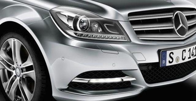 2012 M-Benz C-Class Sedan C300 BlueEFFICIENCY Avantgarde  第11張相片