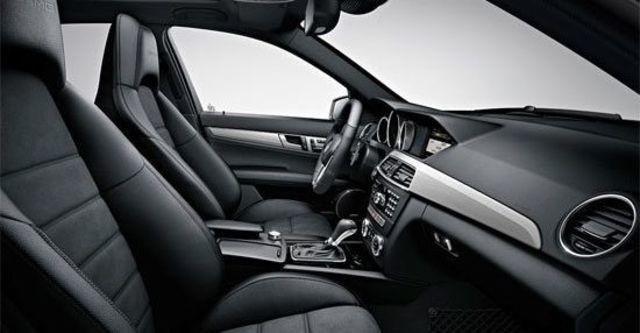 2012 M-Benz C-Class Sedan C63 AMG  第7張相片