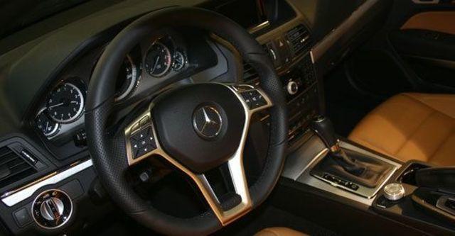 2012 M-Benz E-Class Cabriolet E350 BlueEFFICIENCY  第9張相片
