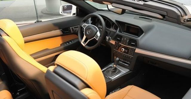 2012 M-Benz E-Class Cabriolet E350 BlueEFFICIENCY  第12張相片
