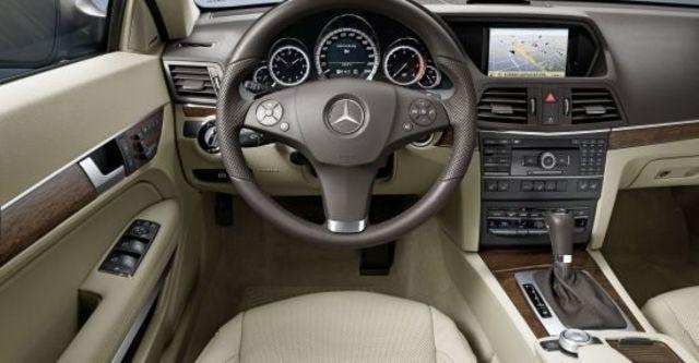 2012 M-Benz E-Class Coupe E250 BlueEFFICIENCY  第4張相片