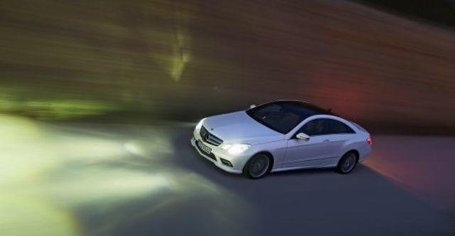 2012 M-Benz E-Class Coupe E350 BlueEFFICIENCY  第3張相片