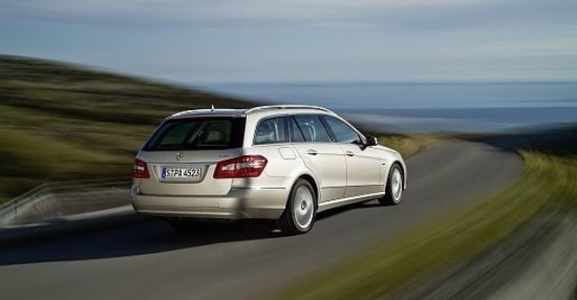 2012 M-Benz E-Class Estate E250 BlueEFFICIENCY  第3張相片
