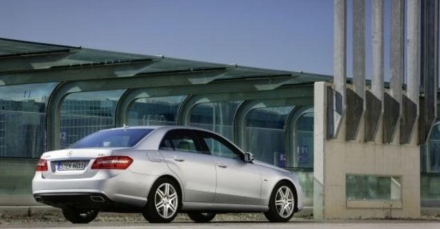 2012 M-Benz E-Class Sedan E350 BlueEFFICIENCY Avantgarde  第6張相片