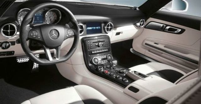 2012 M-Benz SLS AMG Roadster 6.3  第7張相片
