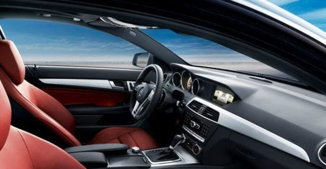 2011 M-Benz C-Class Coupe C250 BlueEFFICIENCY  第6張相片