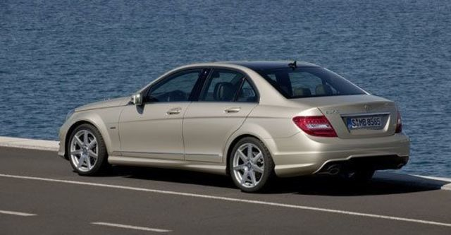2011 M-Benz C-Class Sedan C180 BlueEFFICIENCY Classic  第3張相片