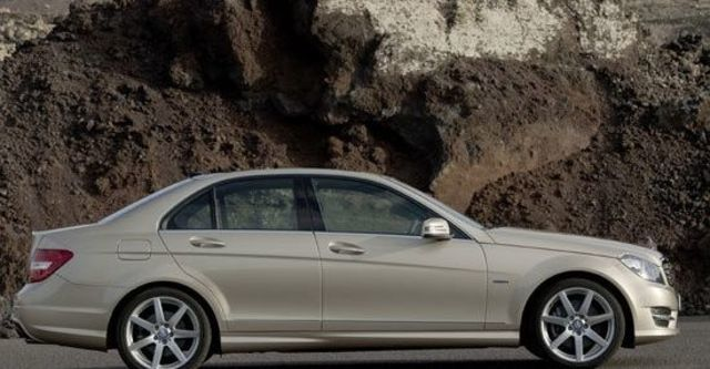 2011 M-Benz C-Class Sedan C180 BlueEFFICIENCY Classic  第4張相片