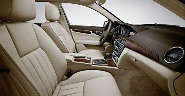 2011 M-Benz C-Class Sedan C220 CDI  BlueEFFICIENCY Classic  第7張相片