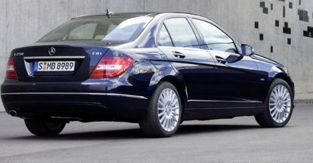 2011 M-Benz C-Class Sedan C300 BlueEFFICIENCY Avantgarde  第3張相片