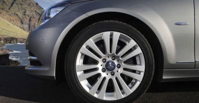 2011 M-Benz C-Class Sedan C300 BlueEFFICIENCY Avantgarde  第10張相片