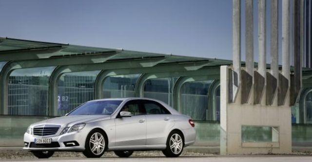 2011 M-Benz E-Class Sedan E350 Avantgarde  第5張相片