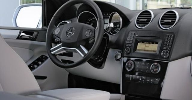 2011 M-Benz M-Class ML350 Grand Edition標準版  第6張相片