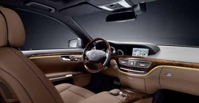 2011 M-Benz S-Class S500 L BlueEFFICIENCY  第8張相片