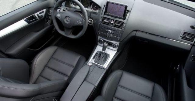 2010 M-Benz C-Class Estate C63 AMG  第7張相片