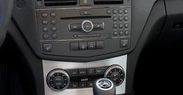 2010 M-Benz C-Class Estate C63 AMG  第8張相片