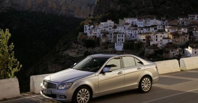 2010 M-Benz C-Class Sedan C200 CGI Classic  第4張相片