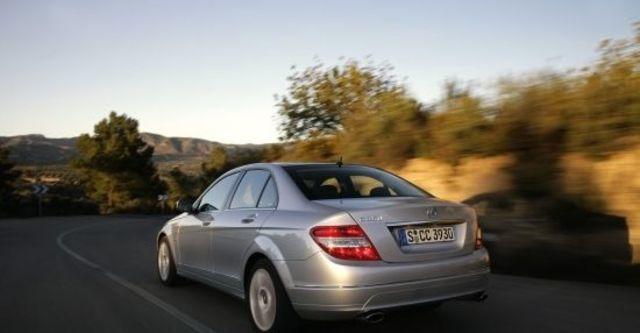 2010 M-Benz C-Class Sedan C200 CGI Classic  第5張相片