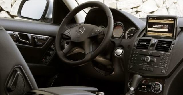 2010 M-Benz C-Class Sedan C200 CGI Classic  第6張相片