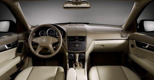 2010 M-Benz C-Class Sedan C220 CDI Classic  第5張相片