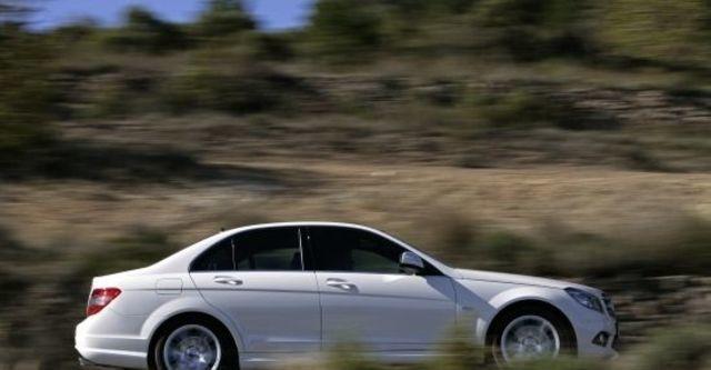 2010 M-Benz C-Class Sedan C300 Avantgarde  第4張相片