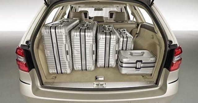 2010 M-Benz E-Class Estate E250 CGI  第12張相片