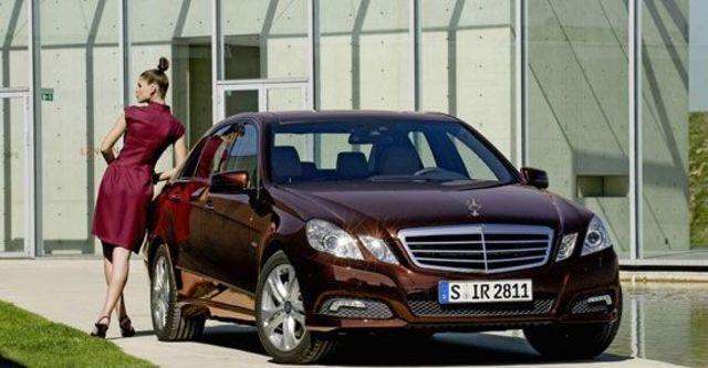 2010 M-Benz E-Class Sedan E200 CGI Avantgarde  第1張相片