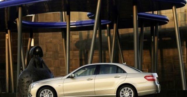 2010 M-Benz E-Class Sedan E200 CGI Elegance  第3張相片