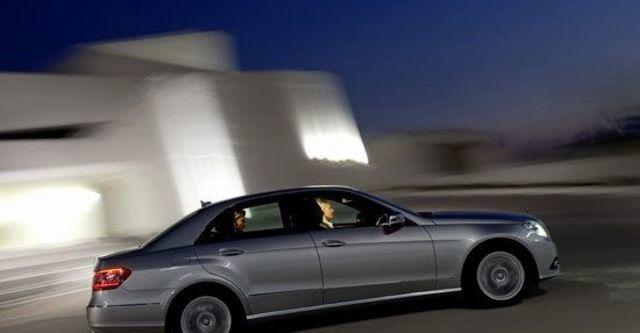 2010 M-Benz E-Class Sedan E300 Avantgarde  第5張相片