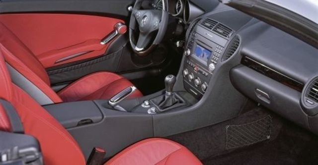 2010 M-Benz SLK-Class SLK200K  第8張相片