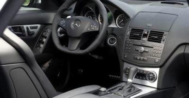 2009 M-Benz AMG C63  第6張相片