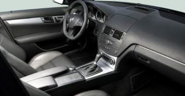 2009 M-Benz AMG C63  第9張相片