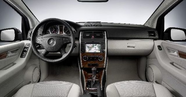 2009 M-Benz B-Class B180  第9張相片