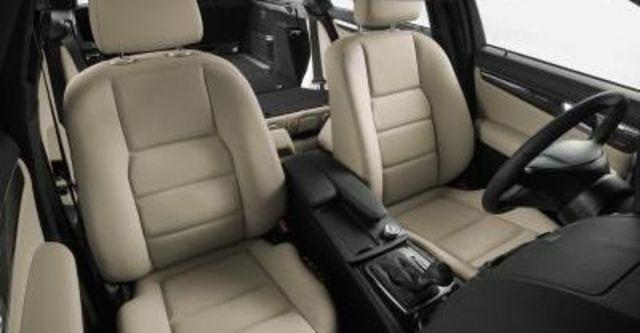 2009 M-Benz C-Class C300 Avantgarde  第8張相片