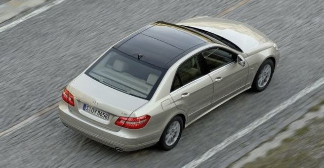 2009 M-Benz E-Class E220 CDI BlueEFFICIENCY  第2張相片