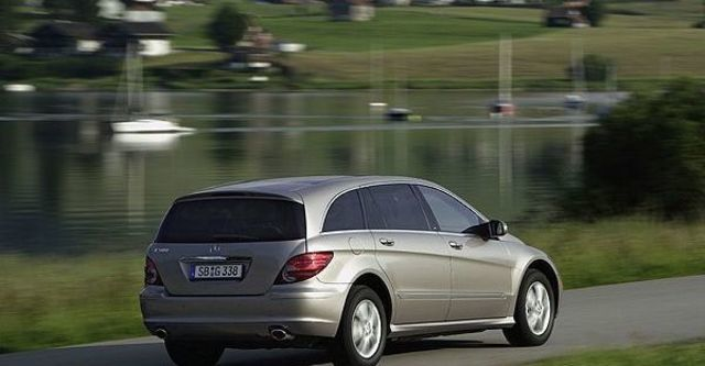 2009 M-Benz R-Class R350L  第3張相片