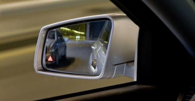 2009 M-Benz S-Class S500L  第14張相片
