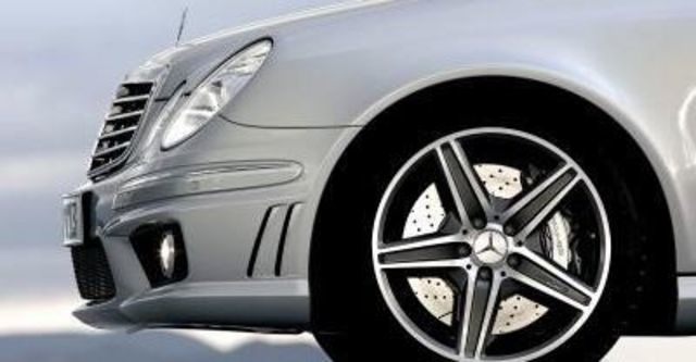 2008 M-Benz AMG E63  第6張相片