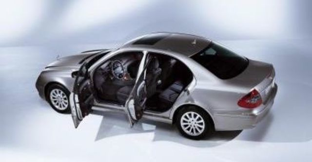 2008 M-Benz E-Class E320 CDI  第6張相片