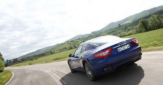 2011 Maserati GranTurismo S MC 4.7  第4張相片